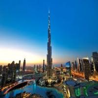 مسؤول: دبي بعيدة عن تأثيرات أزمة النفط