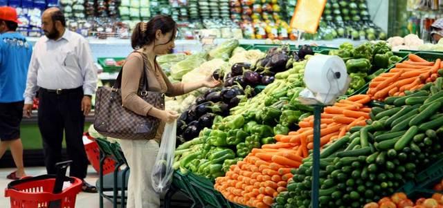 ارتفاعات كبيرة في أسعار الخضراوات والفواكه في الدولة وصلت 57%