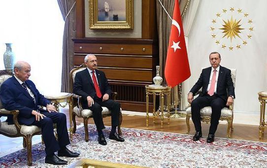 مواقف تاريخية للمعارضة التركية ضد الانقلاب ودعم الشرعية