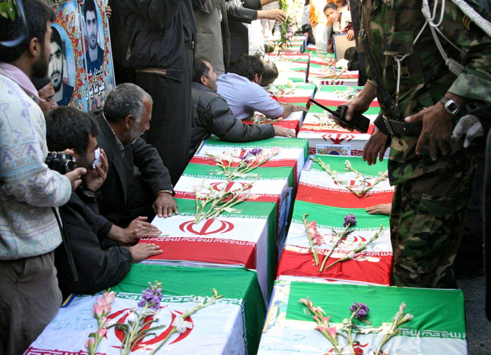 مع استمرار تساقط رؤوس في الحرس الثوري.. إيران تسعى لاستعادة حلب