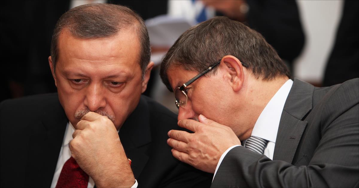 أردوغان يهاجم أوروبا بقوة وداود أوغلو يهدد بإلغاء اتفاق اللاجئين