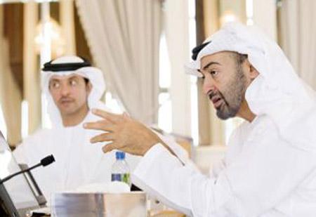 محمد بن زايد يبحث مع رئيس الوزراء الايطالي تعزيز العلاقات بين البلدين