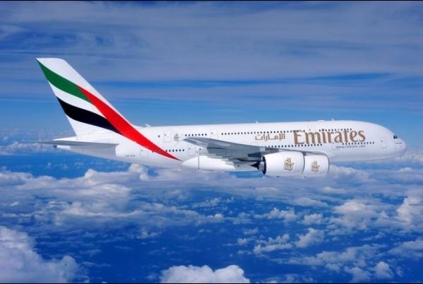 إيكونوميست: طيران الإمارات تهيمن على أجواء العالم