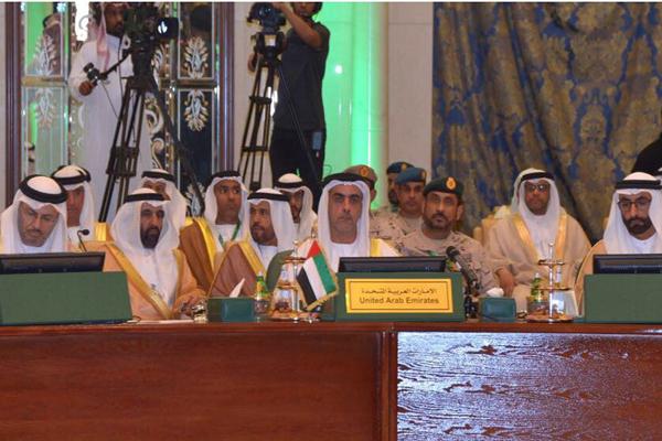 سيف بن زايد يترأس وفد الدولة لاجتماع وزراء الداخلية والخارجية والدفاع