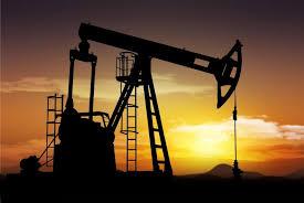 الصين تتسبب في استمرار انهيار أسعار النفط إلى أدنى مستوى في 12 عام