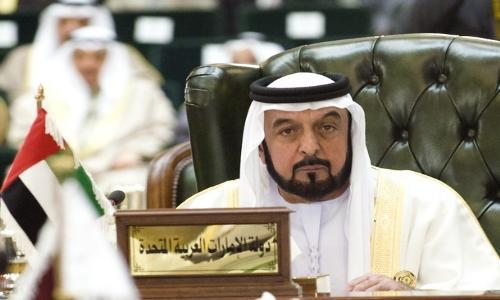 رئيس الدولة يتسلم دعوة كويتية لحضور القمة العربية