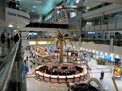 مطار دبي يحصل على جائزة أفضل مطار لعام 2014