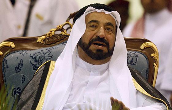الشيخ صباح الأحمد يدعو حاكم الشارقة لزيارة الكويت