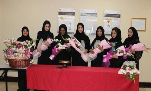 الإمارات تحتفل بيوم الأم