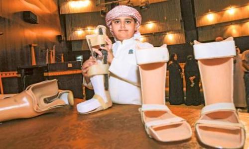 المخترع الإماراتي الصغير يزور سبع دول في رحلة علمية