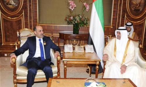 حاكم الفجيرة يلتقي رئيس الائتلاف السوري المعارض