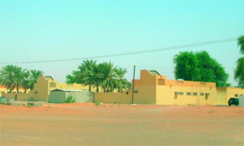 تسليم 140 قطعة أرض لـالأشغال لإقامة مساكن بالكلباء
