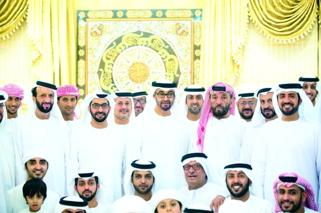 محمد بن زايد يزور عوض بن سعيد سويلم الكتبي بمنزله