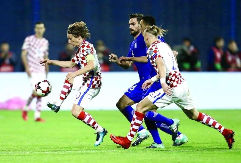 كرواتيا تتفوق على اليونان في ملحق التصفيات وتتأهل لكأس العالم
