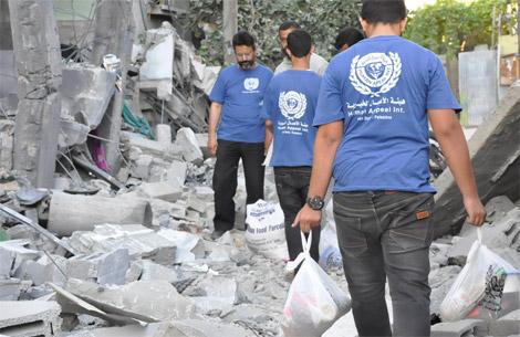 الأعمال الخيرية الإماراتية توزع 50 منزلا على النازحين في بلدة خزاعة