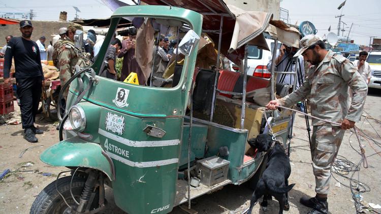 منشورات تدعو الجيش إلى الانقلاب على الحكم في باكستان