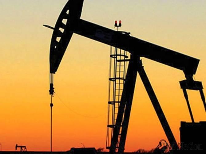 ارتفاع أسعار النفط اعتماداً على انخفاض المخزن الأمريكي و التحسن الصيني