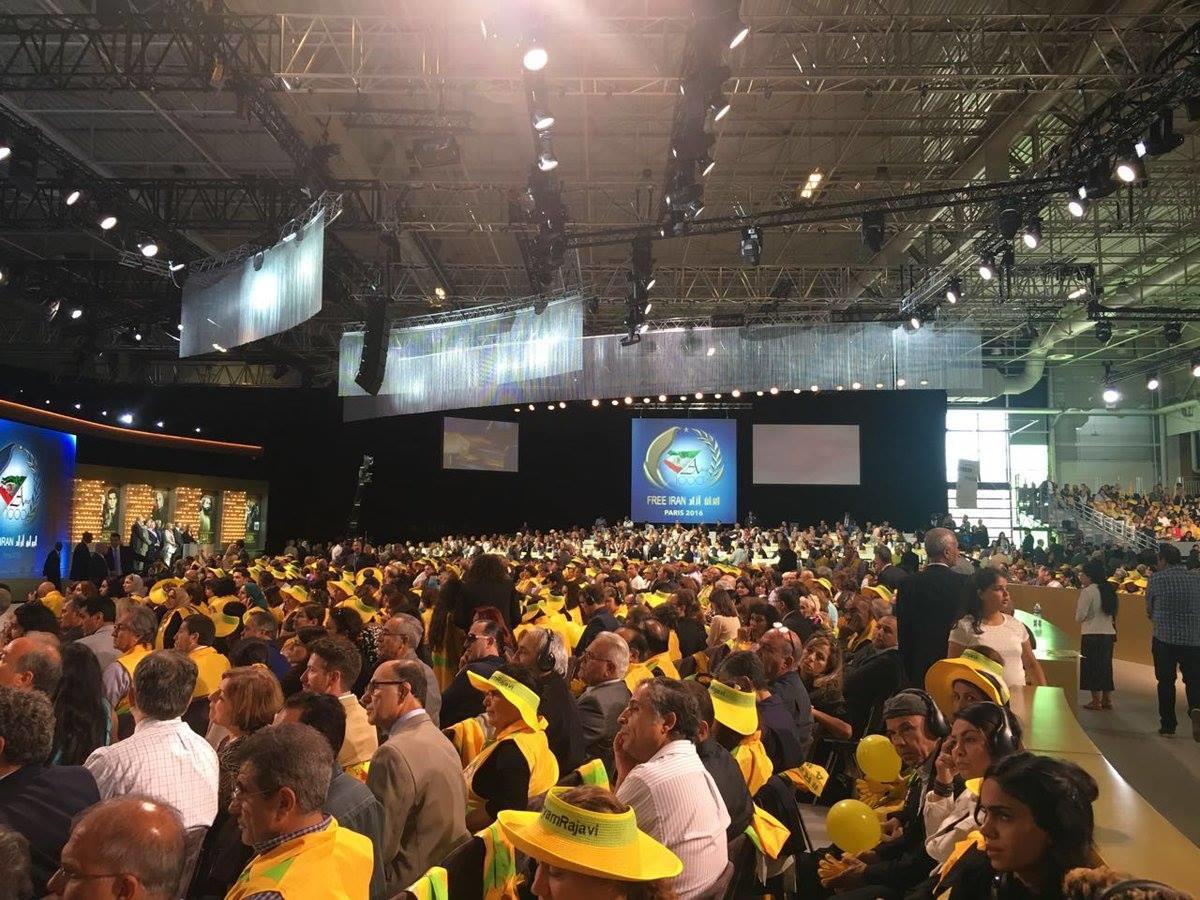 مؤتمر حاشد للمعارضة الإيرانية في باريس