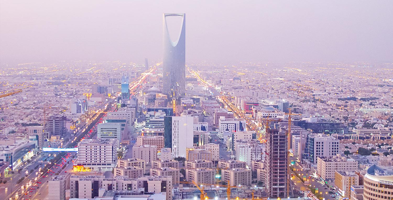 السعوديون يبحثون عن فرص في الإمارات بعد قرار إعفائهم من الرسوم