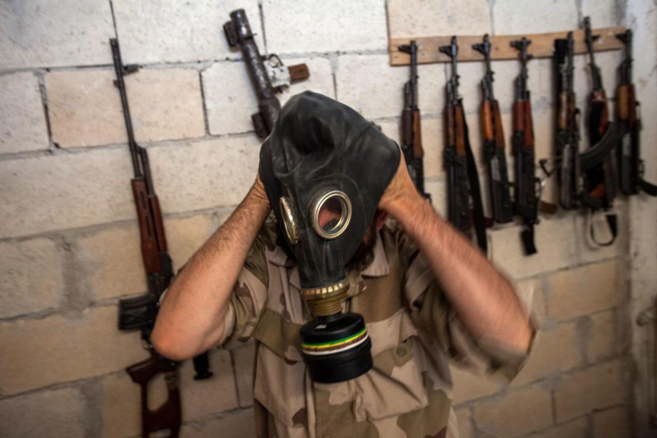 بالخطأ.. غارة كيماوية لمليشيا الأسد تقتل  عناصر لحزب الله الإرهابي