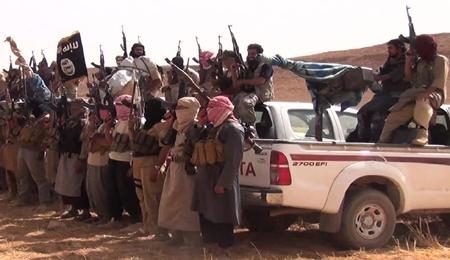 نيويورك تايمز: واشنطن والمليشيات الشيعية يعملان على هدف واحد في العراق