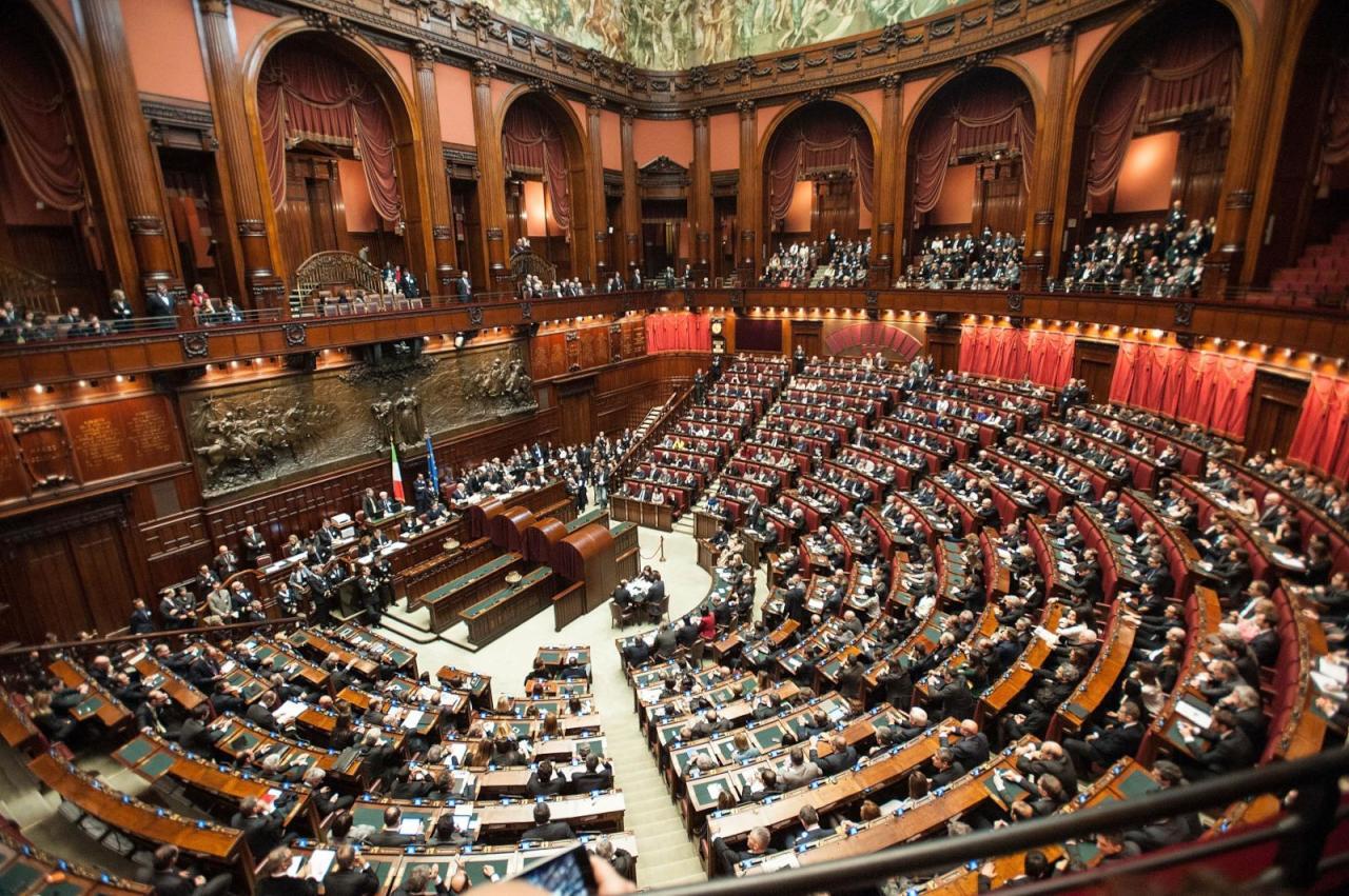 على خلفية اغتيال ريجيني.. إيطاليا تلغي توريد قطع غيار حربية لمصر