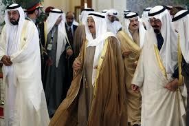غضب كويتي اتجاه صمت المجتمع الدولي إزاء العدوان على غزة