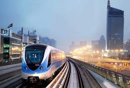 توقف خدمة مترو دبي عن العمل في بعض المحطات
