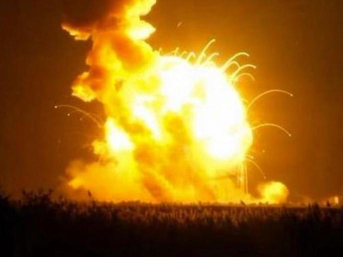 انفجار صاروخ أميركي بعد لحظات من إطلاقه للفضاء