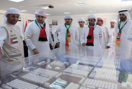 وفد من جامعة الإمارات يزور المخيم الإماراتي الأردني للاجئين السوريين