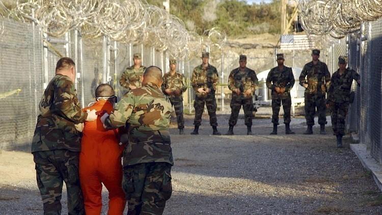 ترحيل معتقل يمني من غوانتانامو إلى إيطاليا