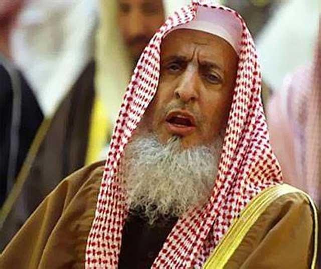 مفتي السعودية ينصح الطلاب المبتعثين احرصوا على الاستقامة
