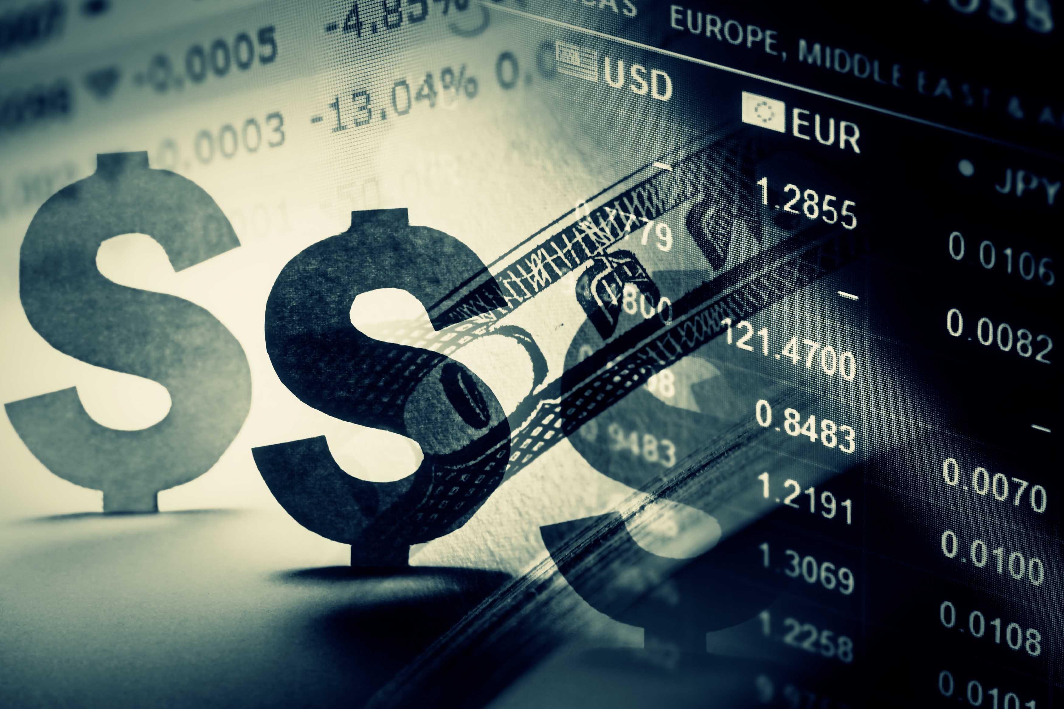 تخوف من  أسعار الفائدة  يصيب الأسواق العالمية بالإرتباك