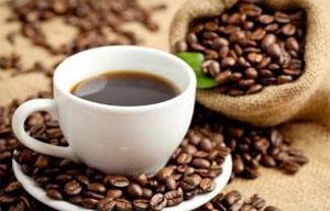تناول القهوة يقي من مرض الزهايمر