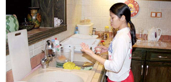 استئناف استقدام وتشغيل العمالة المساعدة المنزلية من الفلبّين