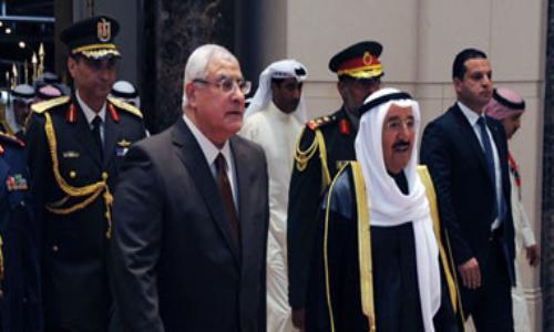 القمة العربية تفتتح في الكويت اليوم بحضور 13 رئيسًا