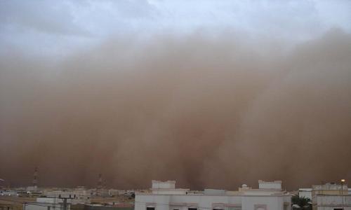 عاصفة رملية تضرب شمال السعودية