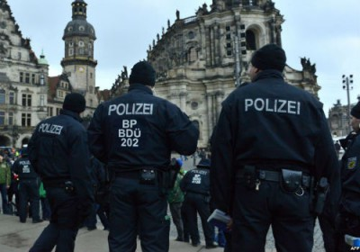 الشرطة الألمانية تخلي مركزا تجاريا وتبحث عن جزائري مشتبه به