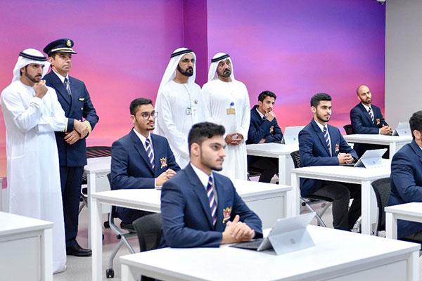 محمد بن راشد يدشن «أكاديمية الإمارات لتدريب الطيارين»