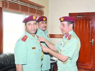 تقليد 7 ضباط ميداليات الخدمة المخلصة بشرطة عجمان