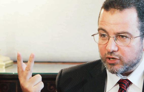 إلغاء حكم السجن الصادر بحق رئيس وزراء مصر الأسبق هشام قنديل
