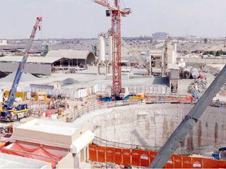 الإمارات الثانية عربيًا في الإنفاق على مشاريع البنى التحتية