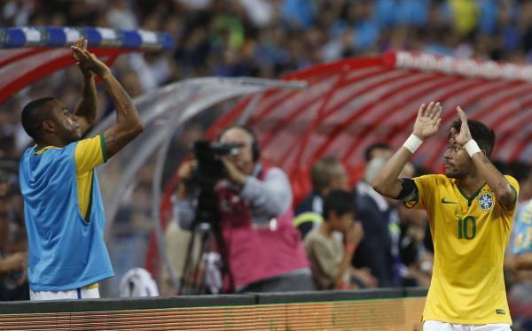 البرازيل تتغلب على اليابان بأربعة أهداف ودياً