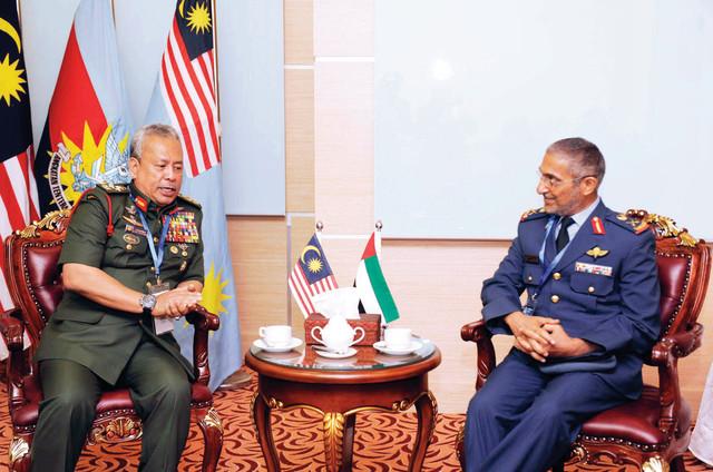 مباحثات إماراتية ماليزية للتعاون العسكري