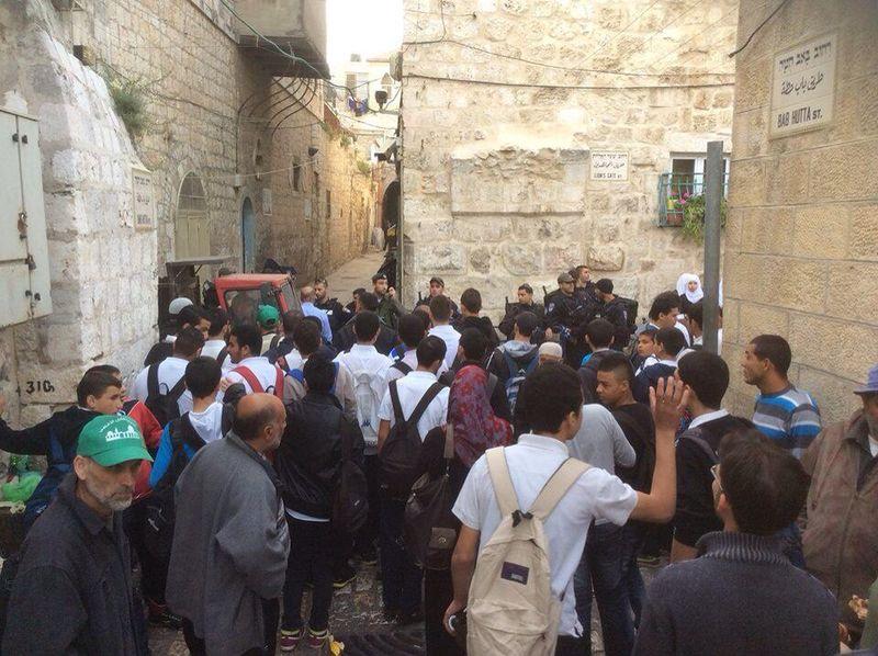 مداهمة القوات الإسرائيلية للمسجد الأقصى