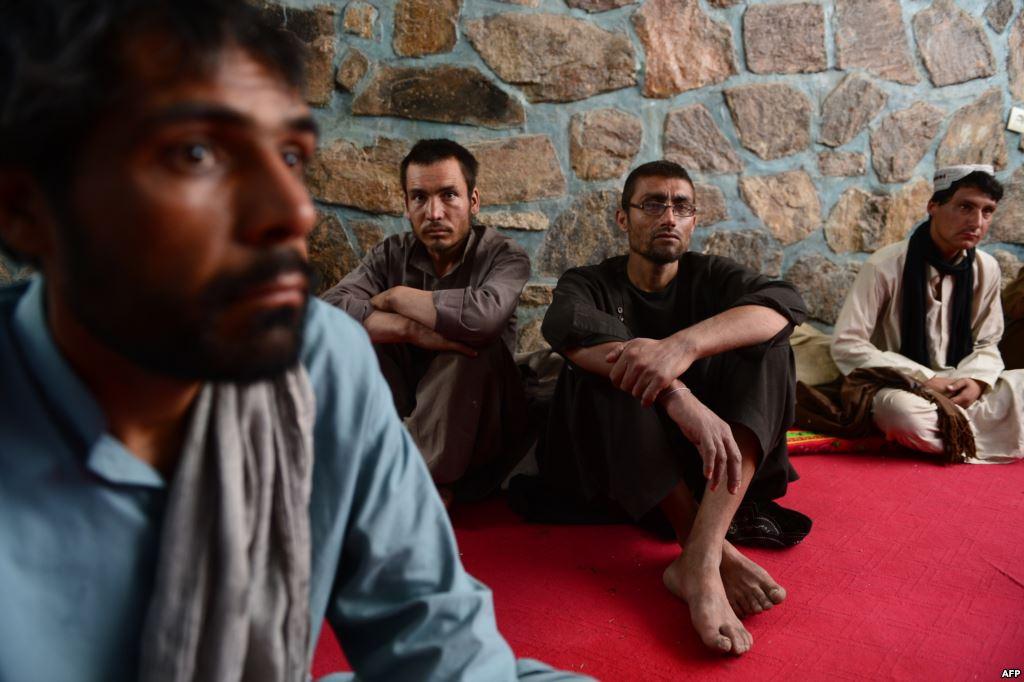 هيومن رايتس ووتش: إيران تجند آلاف الأفغان للقتال في سوريا قسرا