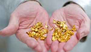أطباء يستخرجون ذهباً من أمعاء تاجر هندي
