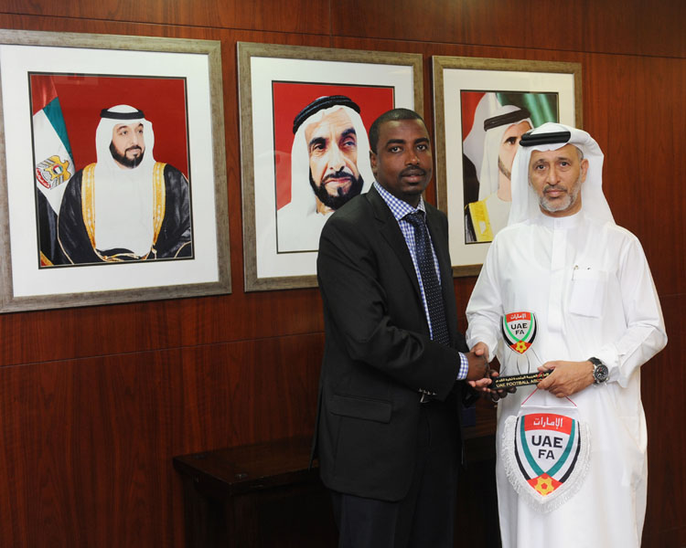 السركال يلتقي رئيس اتحاد جيبوتي لكرة القدم