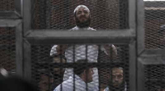 محكمة مصرية تقضي بإعدام 7 أشخاص لإدانتهم في مذبحة رفح الثانية