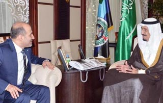مباحثات سعودية مع الائتلاف الوطني لإنهاء معاناة السوريين